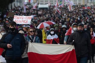 Białoruś: Milicja w Mińsku strzelała w powietrze gumowymi kulami