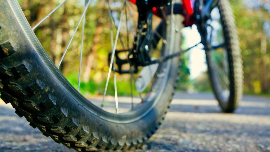 Świętokrzyskie: nagi rowerzysta ukarany dwoma mandatami