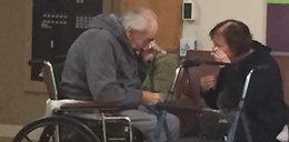 Domy starców rozdzieliły parę z 62-letnim stażem. Oboje łkali