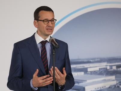 Mateusz Morawiecki przekonuje, że gospodarka na zakazie handlu w niedziele mocno nie ucierpi