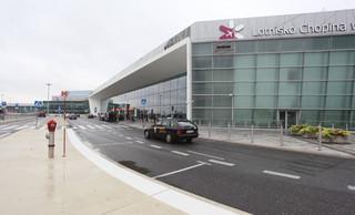 Radom, Modlin, a może Łódź? Jak wygląda domowa wojna lotniskowa