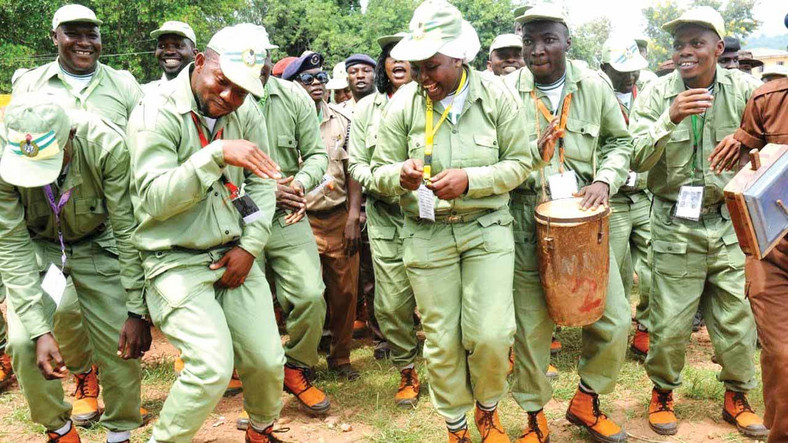 Nigerian Corps members in party mood [Guardian]