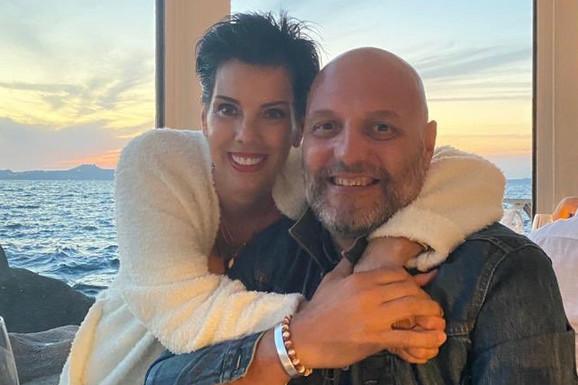 SALE I SEKA SIJAJU 25 GODINA KASNIJE Đorđević ne objavljuje često slike sa suprugom, a ona izgleda NESTVARNO