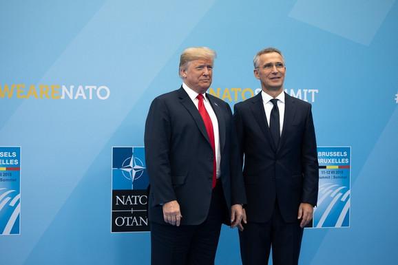 Tramp sa generalnim sekretarom NATO Jensom Stoltenbergom