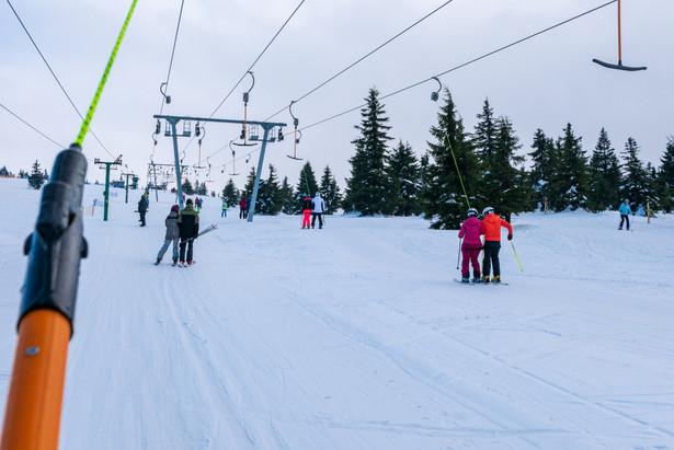 Z ostatniego dnia otwartych stoków korzystali też narciarze w Sudetach