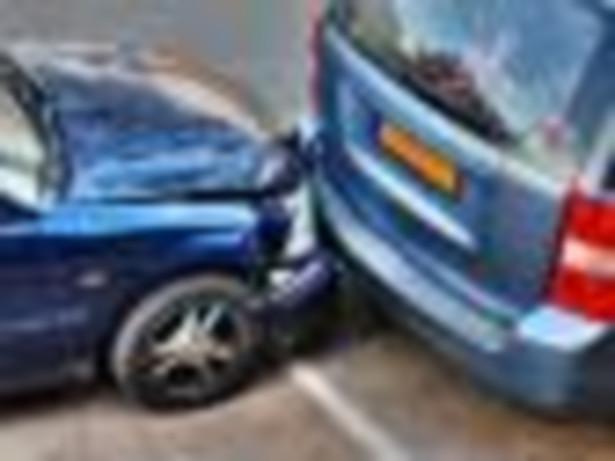 Zdaniem ekspertów kierowcy próbują wyłudzeń, licząc, że dzięki wielkiej liczbie szkód komunikacyjnych ujdzie to uwadze ubezpieczyciela.