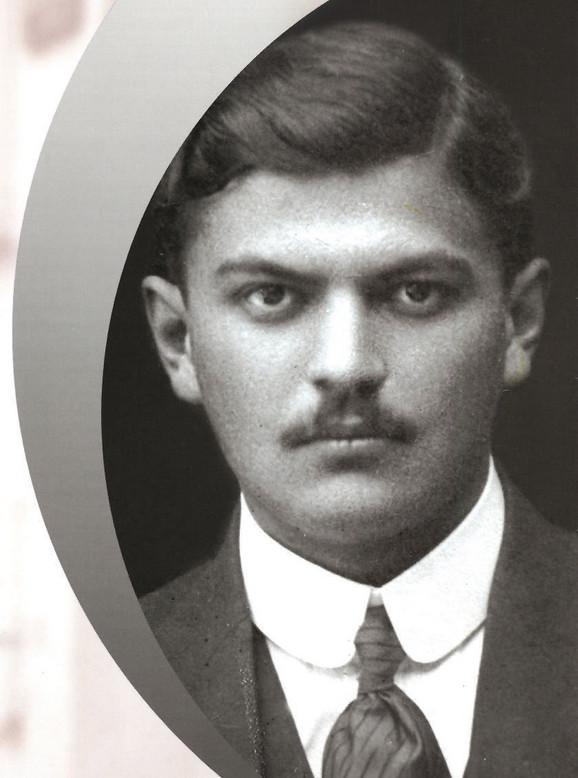 Sava Šumanović, Kiki ga je zvala Kont de Par