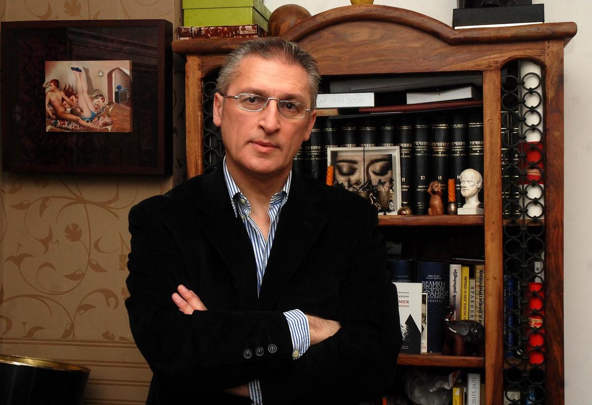Poezija uzivo: Dragan Jovanovic Danilov na Kolarcu