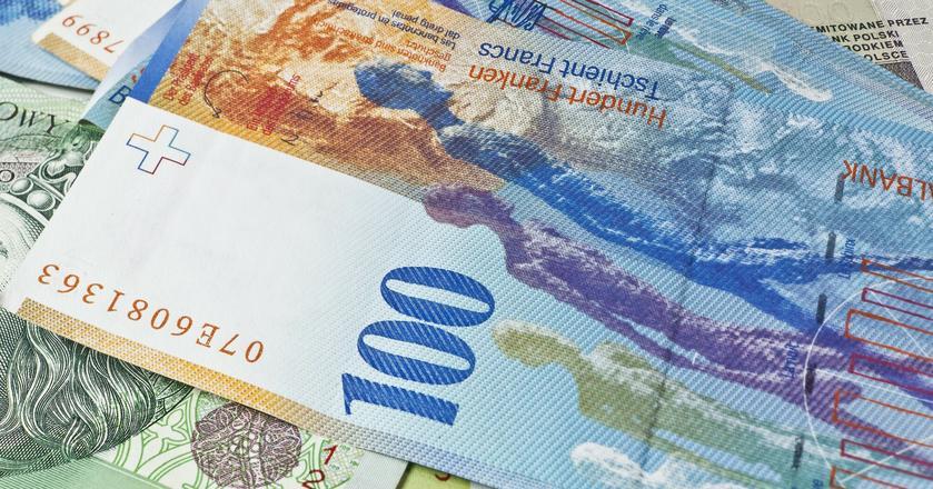 KNF, opracowując swoje stanowisko, kierowała się wytycznymi Europejskiego Banku Centralnego oraz zeszłorocznymi zaleceniami