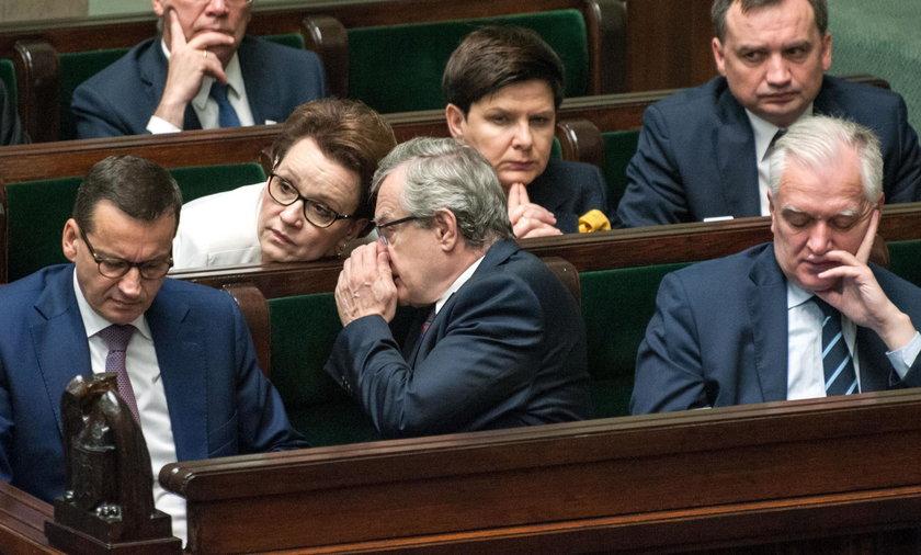 Rząd powtórzy błędy sprzed 8 lat? Ucierpią ludzie w całej Polsce
