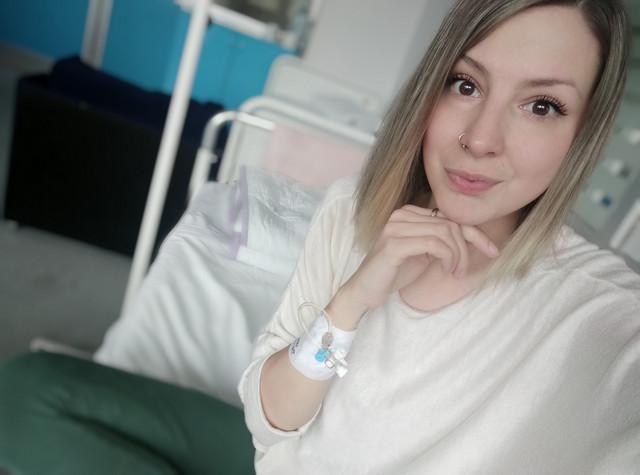 Ana godišnje u bolnici zbog cistične fibroze provede oko dva puta po nekoliko nedelja.