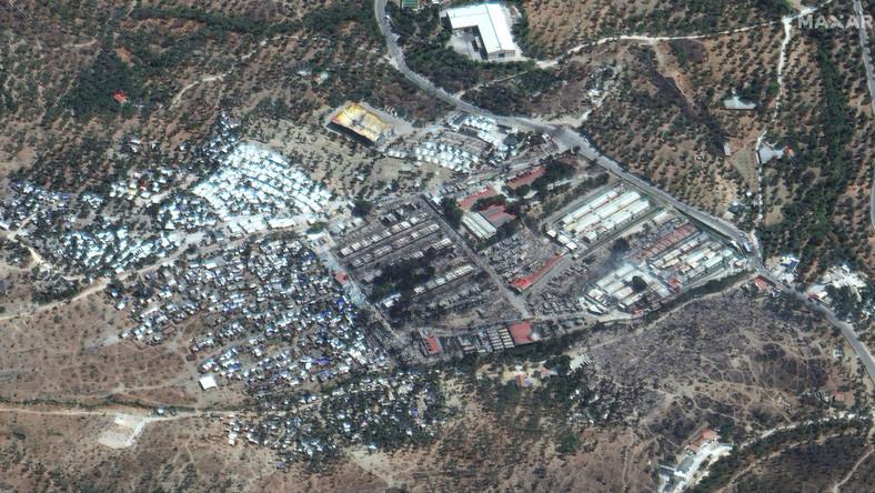 Ruiny spalonego obozu Moria