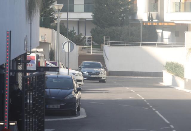 """""""Škoda"""" koju su policajci izvezli iz garaže posle BMW-a i """"audija"""" za koje se sumnja da pripadaju Šobiću"""