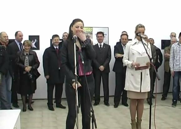 Slađana Zdravković iz dva pokušaja nije uspela da citira Đinđićevu misao