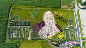 Ogród Jana Pawła II w Inwałdzie – kwitnący obraz niezwykłego człowieka.