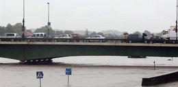 Fala powodziowa uderzy w miasta