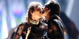 Gorący występ Maneskin. Wokalista pocałował kolegę z zespołu i wystosował apel
