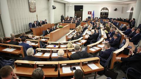 Senat przyjął w środę budżet