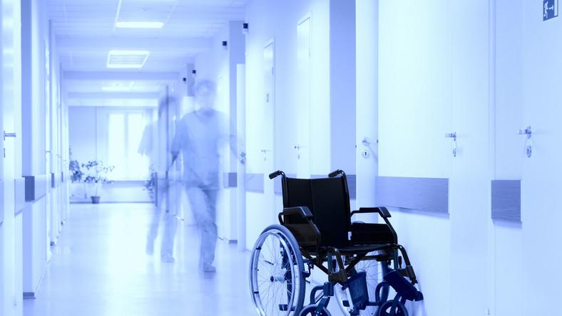 Najwięcej zachorowań na zapalenie opon mózgowych w stanie Tennessee, gdzie zmarły trzy osoby, a 39 zachorowało