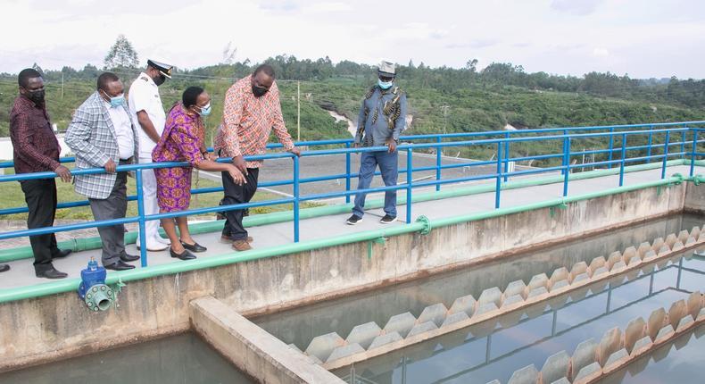 President Uhuru Kenyatta inspecting the Bondo Water Supply Project in Siaya County