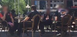 Pilnują ich tysiące policjantów, a oni spokojnie na śniadaniu
