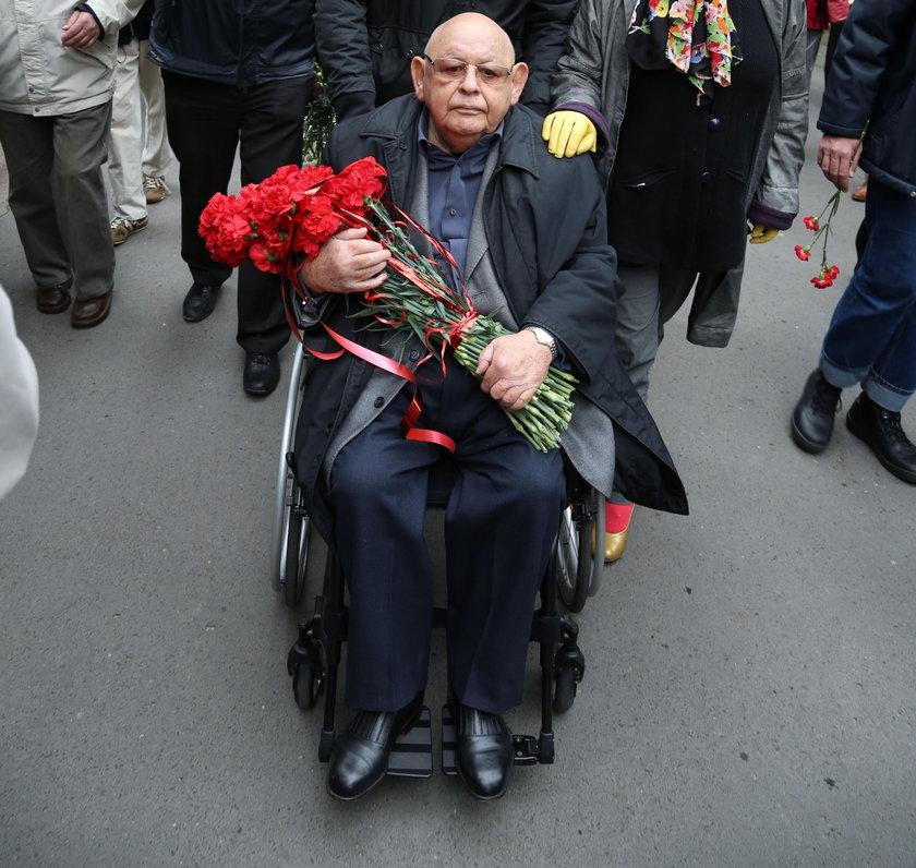 Jerzy Urban na pogrzebie Jaruzelskiego