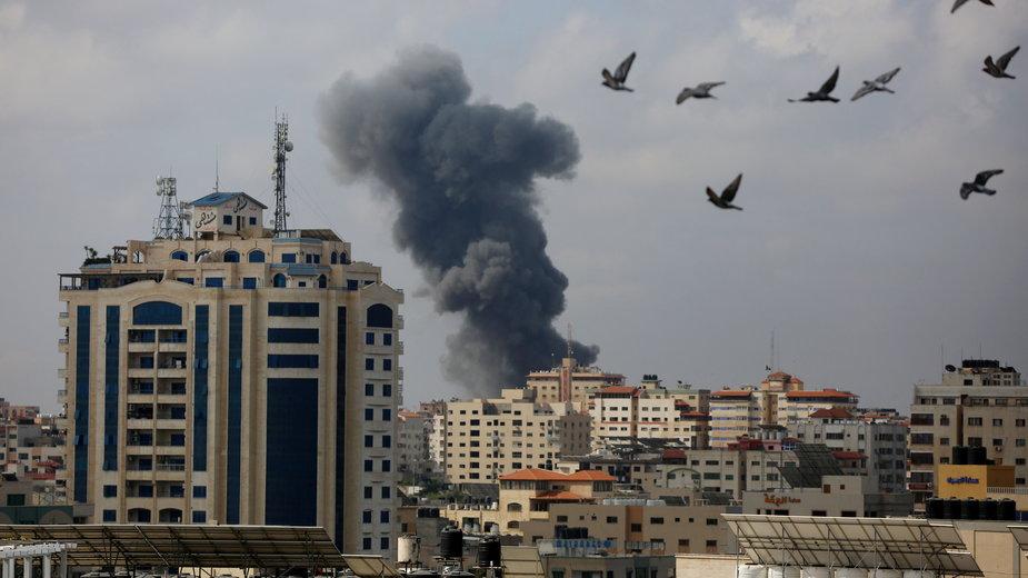 Izrael kontynuuje ostrzeliwanie Strefy Gazy