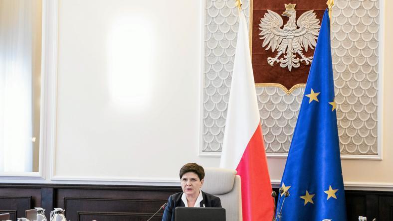 Przed Kancelarią Prezesa Rady Ministrów w Warszawie odbędzie się dziś w południe akcja protestacyjna