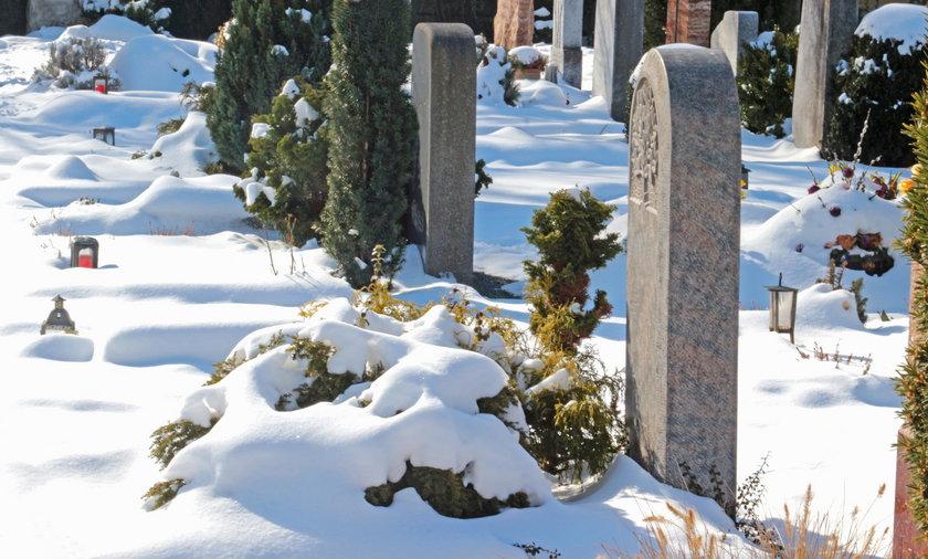 Makabryczne zdarzenie na cmentarzu w Łęcznej