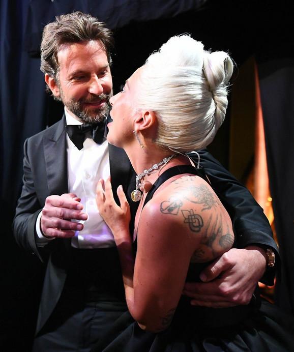 SVE VREME SU SE DODIRIVALI Lejdi Gaga i Bredli Kuper noć posle Oskara proveli zajedno, svet bruji o novim detaljima