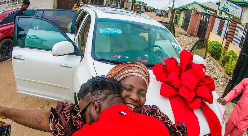 Birthday: DJ Kaywise surprises mum with SUV worth N7M