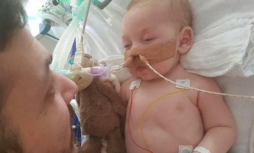 Sąd zadecydował o śmierci niemowlaka. Rodzice mają 24 godziny, by się pożegnać