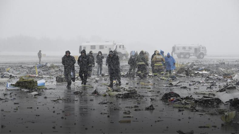 Investigators, members of Russia's Emergencies Ministry and other services work at the crash site of a Boeing 737-800 operated by Dubai-based budget carrier Flydubai, at the airport of Rostov-On-Don, Russia