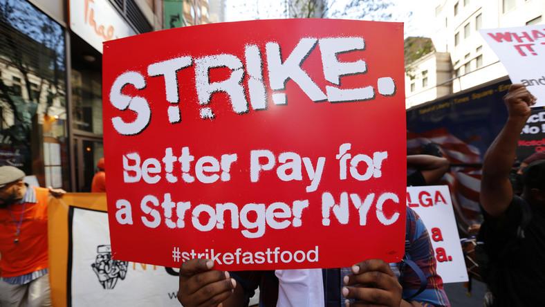 Domagający się podniesienia płacy minimalnej