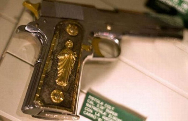 Zaplenjena su dva ovakva pištolja