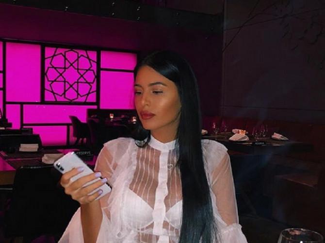 Gledaoci su oduševljeno gledali u novo modno izdanje Anastasije Ražnatović: Od obuće do bluze- POŽELEĆETE SVE