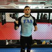 ČELIČNA VOLJA Ovaj MMA borac nema ruku, ali toliko briljira, da ga zove UFC! /VIDEO/