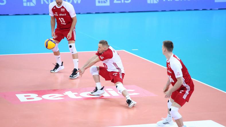 Polscy siatkarze w trakcie meczu z Belgią w maju 2021 roku