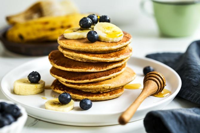 Palačinke od ovsenih pahuljica idealan su doručak ili međuobrok