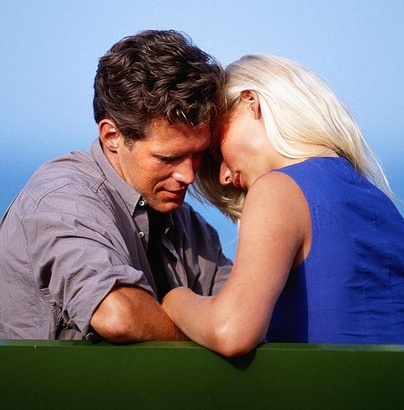 30 éves férfi egy 40 éves nővel társkereső