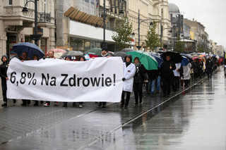 Marsze poparcia dla głodujących rezydentów. Będzie zmiana formy protestu?