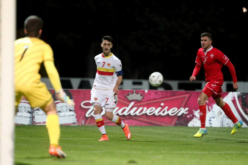 Dwaj młodzieżowi piłkarze Malty próbowali ustawić mecz z Czarnogórą