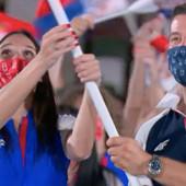 ZVANIČNO OTVORENE OLIMPIJSKE IGRE U TOKIJU Sonja Vasić i Filip Filipović sa zastavom za ponos cele Srbije!