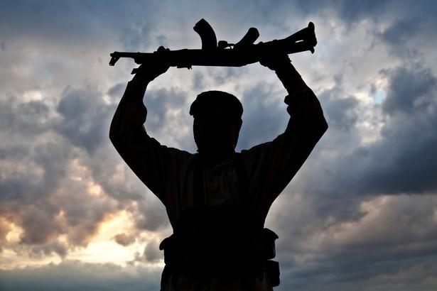 """""""W trakcie wspólnej operacji Federalnej Służby Bezpieczeństwa (FSB) i policji zatrzymano ok. 20 osób, które są podejrzane o związki z IS"""""""