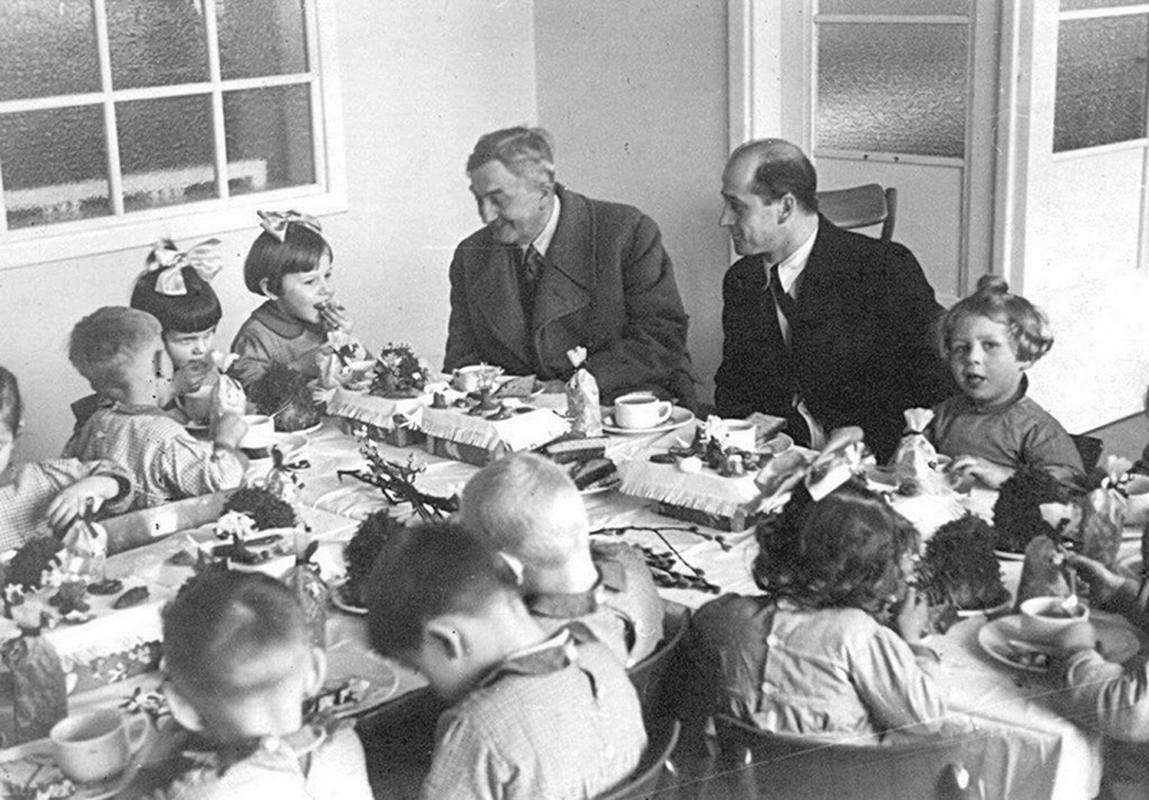 Jan Wedel na śniadaniu z dziećmi
