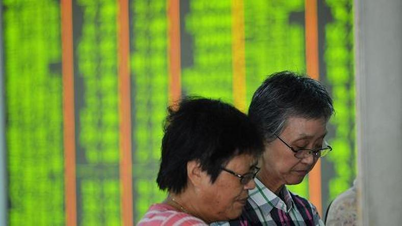 China stocks surrender gains on profit-taking amid stimulus hopes