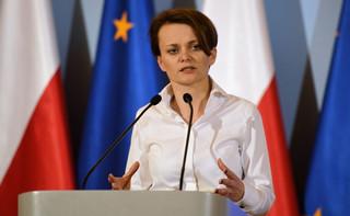 Minister się wycofuje: Nie będzie zasiłku dla rodziców dzieci powyżej 8 lat
