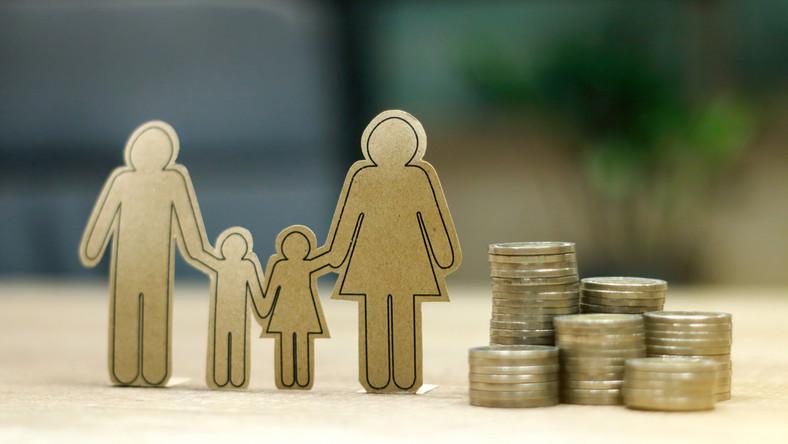 rodzina prawo pieniądze fot. shutterstock