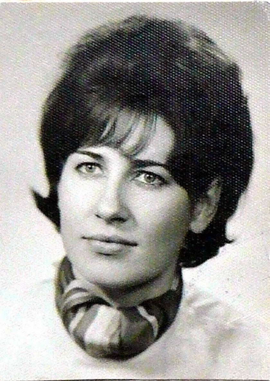 zdjęcie archiwalne z matury z 1970 roku