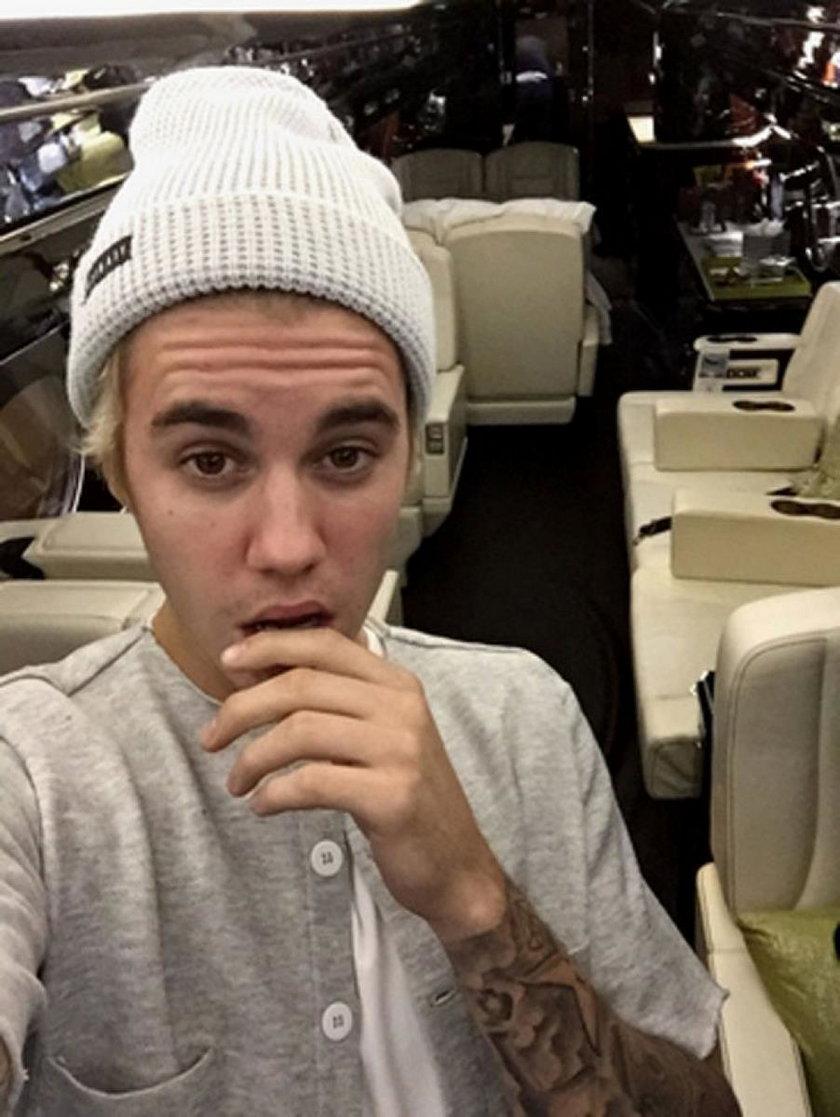 Justin Bieber w samolocie